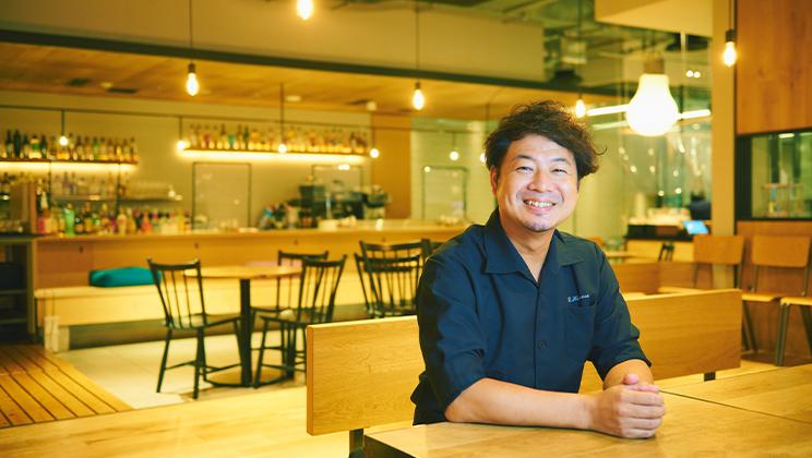 お店でも家でもそのおいしさに触れてほしいから。 バズレシピを生んだシェフが日本橋から発信する四川料理の魅力。